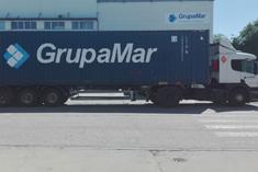 Instalaciones de GrupaMar Madrid - Tractora y contenedor